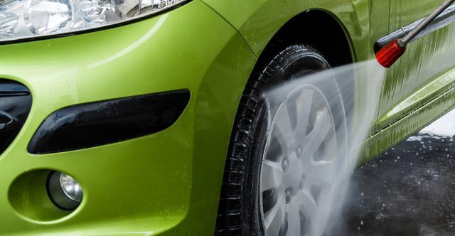 Passez au vert avec des lances à jet diffusé de lavage qui permettent également de gagner du temps