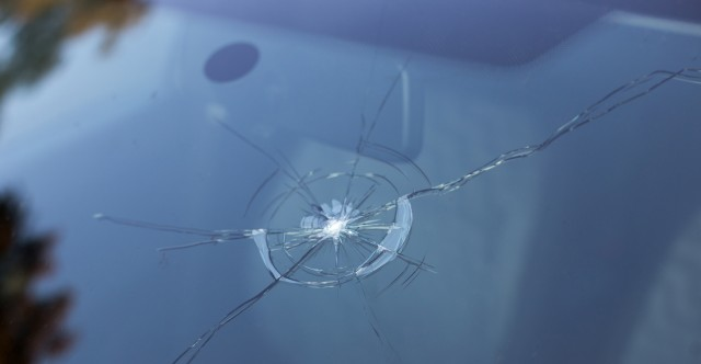 Seven Critical Tips For Fixing Cracked Windshield